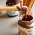 DouxMatokが砂糖の使用量を半分に減らしたIncredo Spreadsの販売を開始
