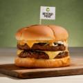 ビヨンドミートが新しいビヨンドバーガーを5月に全米小売で発売