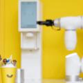 韓国LOUNGE'LABがロボットアイスクリームショップBrown Banaをソウルにオープン