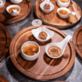 【世界初】Shiok Meatsが試食会で培養カニ肉料理を発表